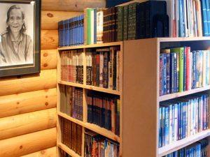 Baan Sabai Library